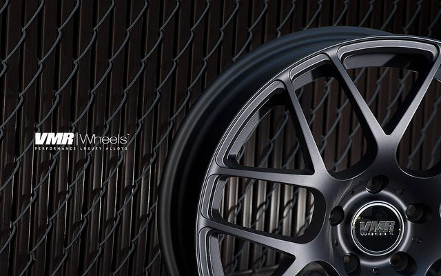 18 VMR V710 Matte Black Wheels Rims Fit BMW 325i 328i 330i 335i (2006
