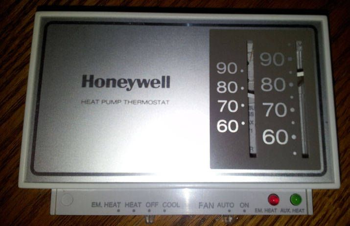 Honeywell Heat Pump Thermostat LR69071